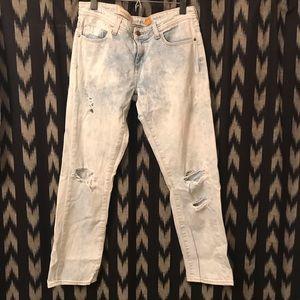 Pilcro Lightwash Distressed Jeans